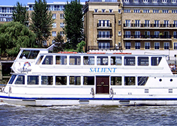 https://www.crownrivercruise.co.uk/wp-content/uploads/2019/08/Salient-Exterior.jpg